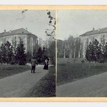 [Prof. Edmund Russow]. Tartu ülikooli raamatukogu. [u. 1896]